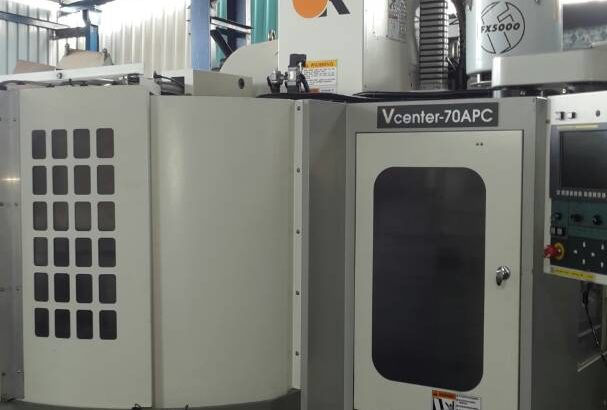 VMC DOUBLE PALATE CHANGER 700X400 ATC26 WITH CHIP CANVER,MANUAL BOOKS